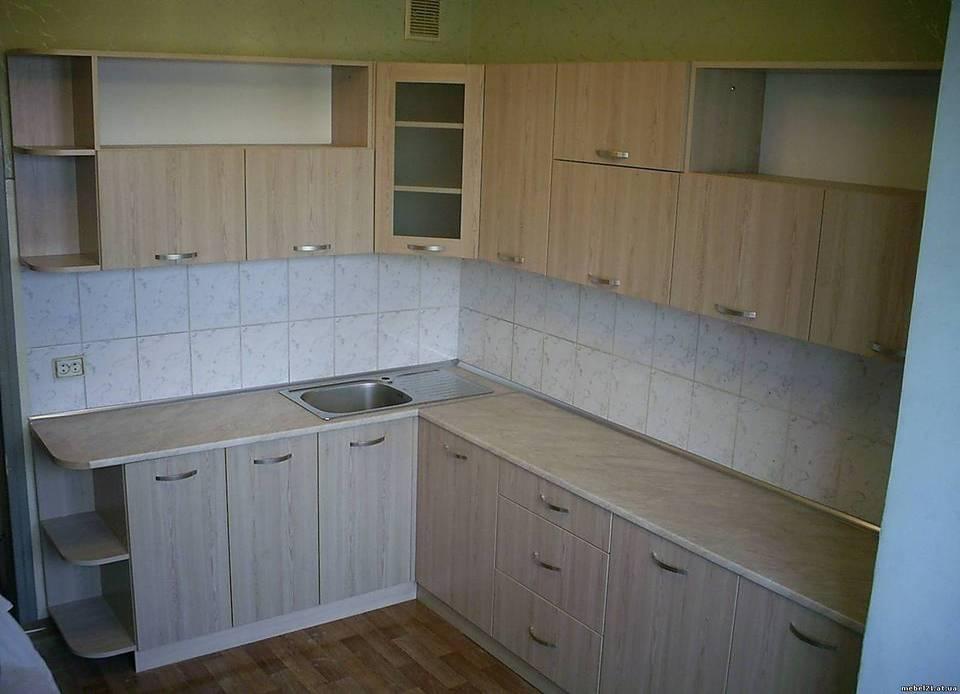 Как обновить старую кухонную мебель своими руками (38)