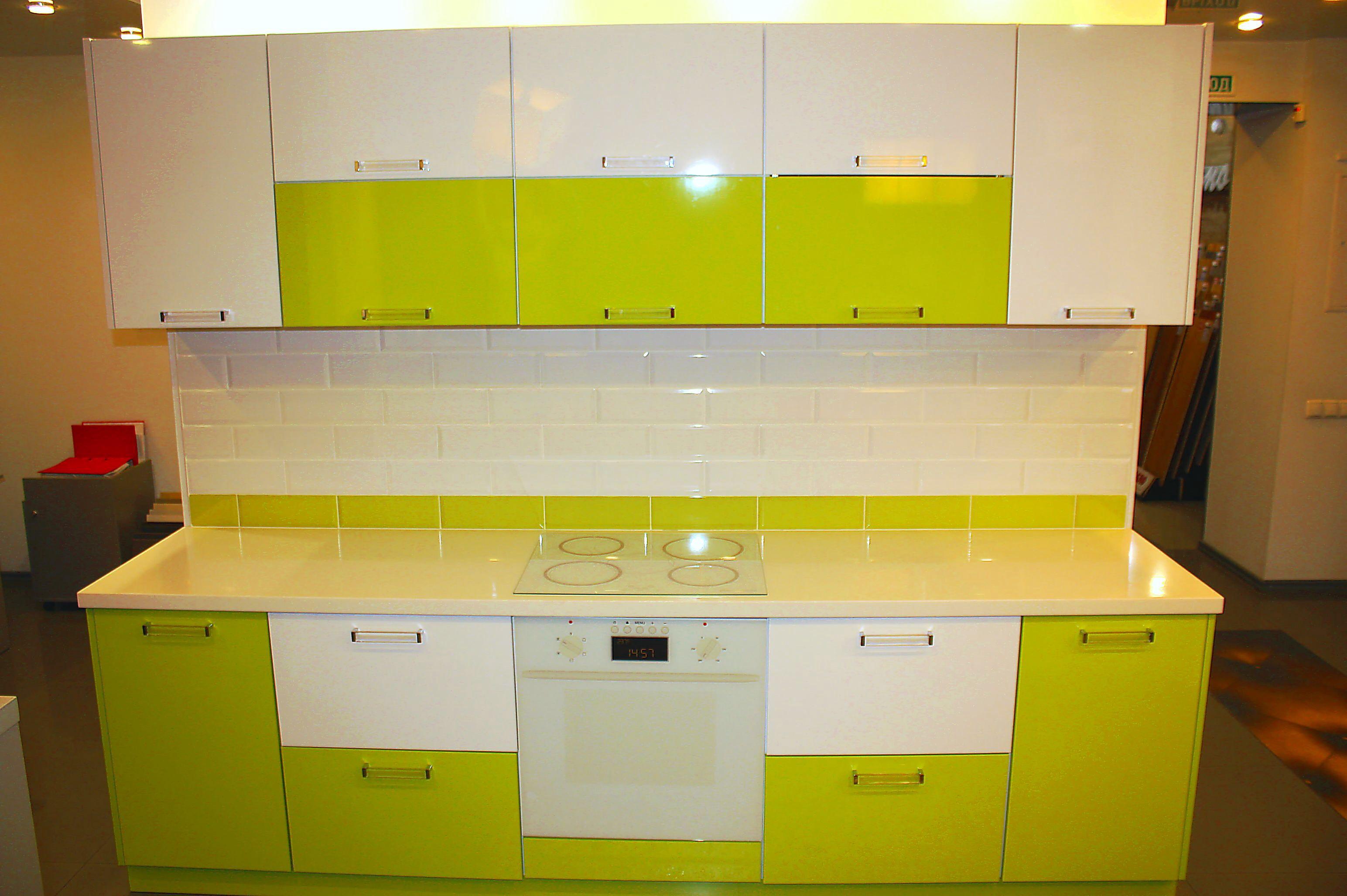 Сочетание цветов пластика на фасадах кухни фото