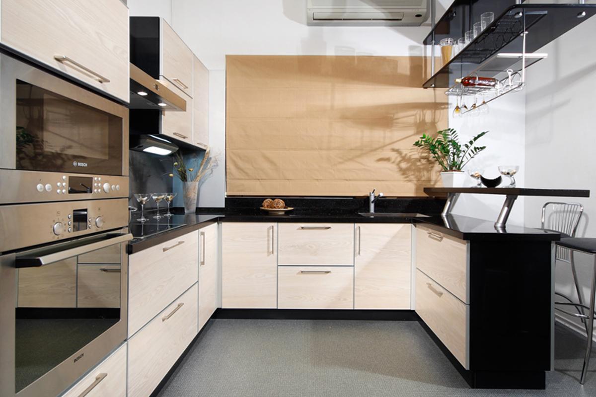 Кухня дизайн фото п образная