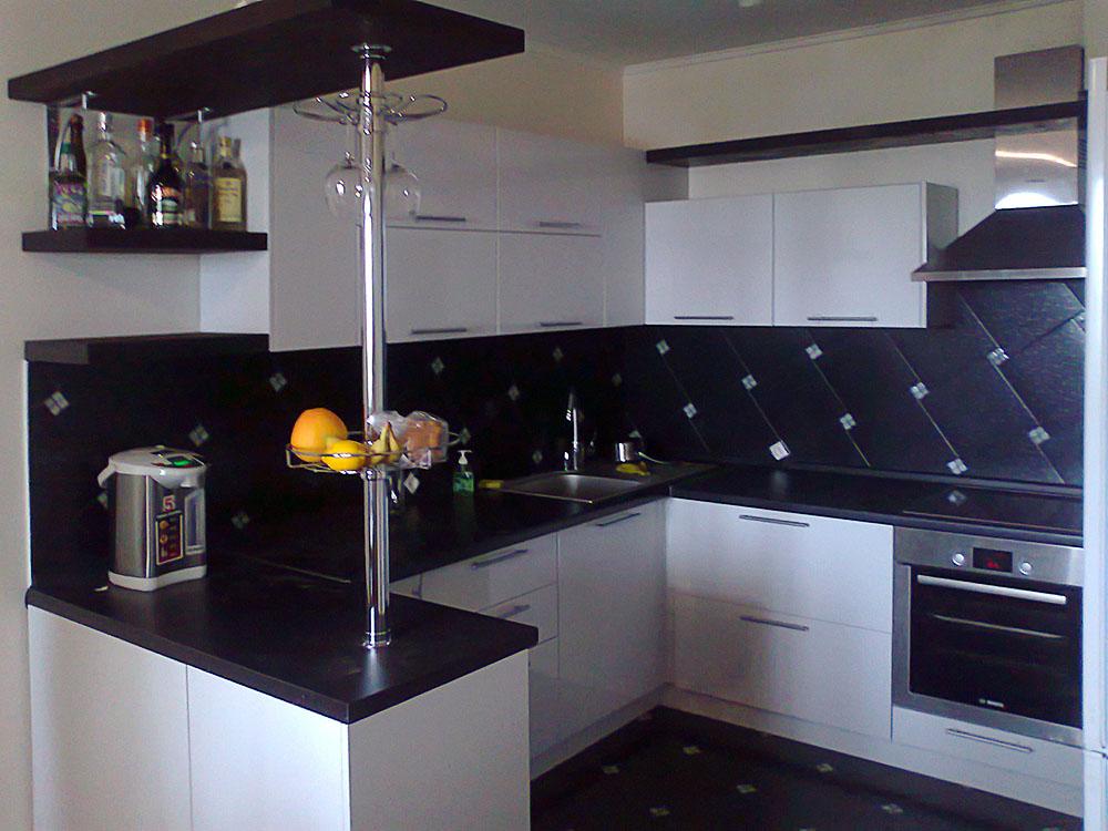 Кухни буквой п с барной стойкой фото