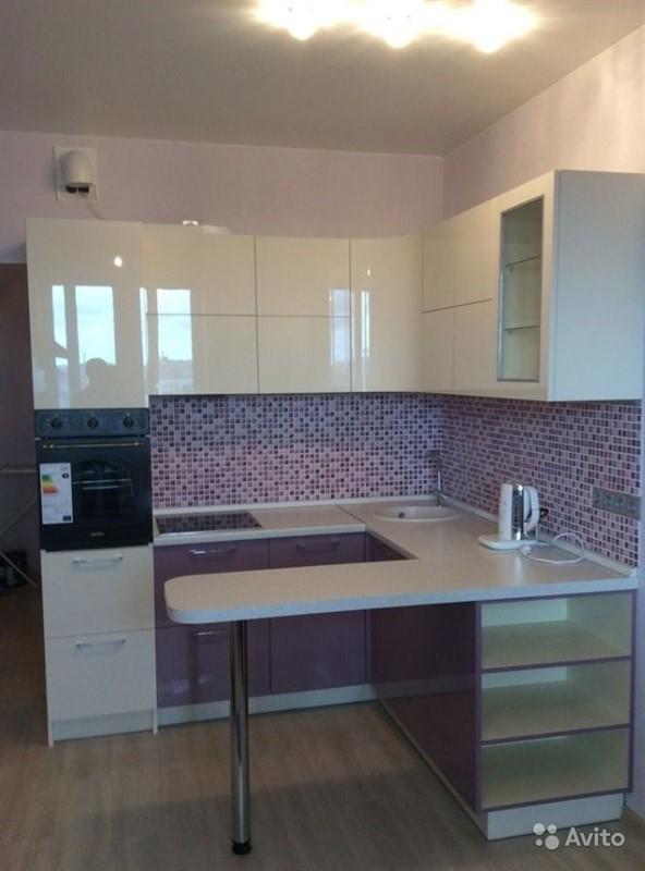 Кухни в студию 26 кв с барной стойкой дизайн санкт петербург