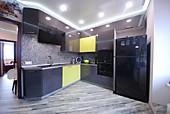 Цена на кухню № 117КУХНЯ ПЛАСТИК ГЛЯНЕЦ - ЛАЙМ/\ГРАФИТ 2275Х2950 81500 Цена по Акции за гарнитур 69320 руб.