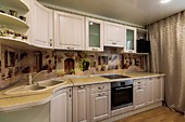 Кухонный гарнитур №251 МДФ/рамка-фасад/кремовый/бежевый.. Цена: 92500 руб.
