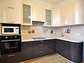 Кухонный гарнитур№ 204 МДФ/беж./темный трост. Цена: 58200 руб.